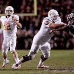 Adam Ulatoski blocks Texas A&M. (Will Gallagher/IT)