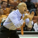 Shaka Smart giving orders against UTA (Will Gallagher/IT)