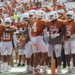 Texas Longhorns defense (Will Gallagher/IT)