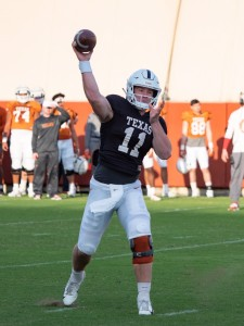Sam Ehlinger at practice. (Will Gallagher/IT)