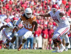 Malik Jefferson at the Red River Shootout. (Will Gallagher/IT)