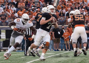 Shane Buechele and Charles Omenihu (Will Gallagher/IT)