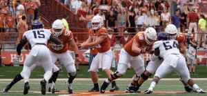 Texas o-line (Will Gallagher/IT)